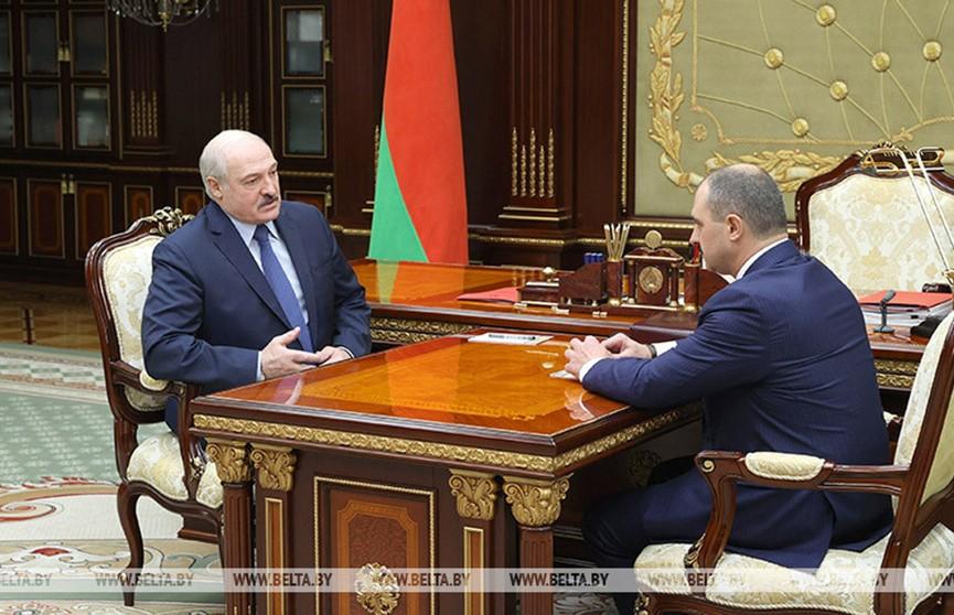 Президент Беларуси и глава НОК обсудили подготовку спортсменов к Олимпиаде в Токио