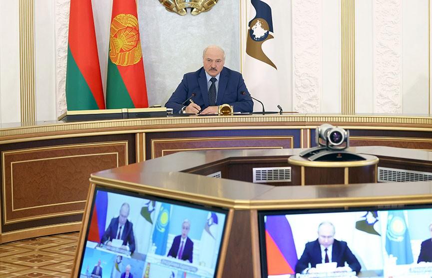 Лукашенко: Мы уже «законопатили» наших людей в национальных границах, что дальше некуда