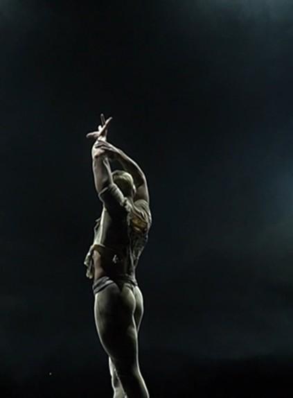 Фильм телеканала ОНТ «Невыносимая лёгкость» вошёл в конкурсную программу фестиваля танцевального кино «Ролаут»