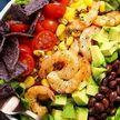 Рыба и фрукты: эксперты рассказали о самой полезной в мире диете