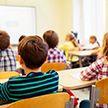 Как обезопасить учеников школ от коронавируса, рассказали в Минобразования