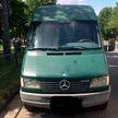 Микроавтобус сбил маму c дочкой на пешеходном переходе в Барановичах: девочка погибла, женщина не пострадала