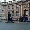 Фотофакт: активистки Femen устроили акцию у Елисейского дворца в преддверии саммита «нормандской четвёрки»