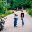 Фотограф устроила романтическую съёмку для незнакомцев. Результат восхитил сеть