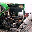 Автобус протаранил столб в Минске: видео с места ДТП