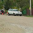 Жители Дятлово готовы заасфальтировать дорогу за свой счет, но им не разрешают