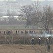 Мигранты продолжают штурмовать греческую границу