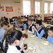 В школьных столовых Гродненской области установили камеры, чтобы следить за недобросовестными поварами