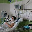Родившая пациентка с коронавирусной пневмонией пошла на поправку после 24 дней в реанимации