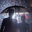 «Захватывающее дух» фото принца Гарри и Меган Маркл бурно обсуждают в соцсетях