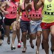 В Мадриде прошла массовая гонка на каблуках