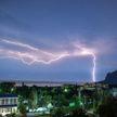 14 подростков пострадали из-за удара молнии в футбольное поле в Швейцарии