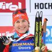 Анастасия Кузьмина выиграла спринт на этапе Кубка мира по биатлону в Холменколлене и завоевала Малый хрустальный глобус
