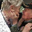 «Я всегда любил тебя»: ветеран войны встретился с возлюбленной спустя 75 лет разлуки