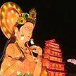 В китайском городе Дуньхуане создали более 50-ти инсталляций к празднику Весны
