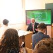 Лукашенко – ученикам: Возьмите максимум знаний и определитесь, чем вы будете заниматься после школы