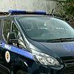 Сотрудник милиции применил табельное оружие, чтобы успокоить дебоширов, в одном из столичных домов