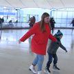 Сезонный каток открылся у Дворца спорта в Минске