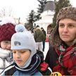 Православные празднуют Рождество: целые семьи пришли в столичную церковь святой Марии Магдалины