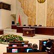 Депутатам нового созыва вручили удостоверения. Как парламентарии планируют исполнять данные избирателям обещания?