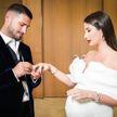 От пышных оборок до дерзкого  мини: топ-5 нарядов для беременных невест