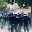 Массовые протесты проходят в европейских городах