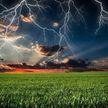 Чего нельзя делать во время грозы, чтобы не ударила молния? Берите на заметку!
