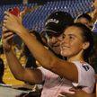 Фанат взял футболистку за грудь и получит пожизненный запрет на посещение стадиона