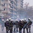 Протесты против коронавирусных ограничений не утихают в Европе