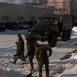 Обильные снегопады в Гродно: на помощь коммунальщикам вышли военные
