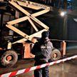На стройке в Минске упал подъемник: трое рабочих травмированы