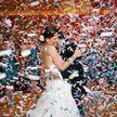 Молодожены изменили старинную свадебную традицию – и из-за этого гости разбежались (ВИДЕО)