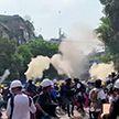 Около 40 человек погибли в ходе столкновений с полицией в Мьянме