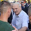 Лукашенко посетил МЗКТ и ответил работникам завода на острые вопросы об обстановке в стране