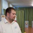 «Достаточно большое количество людей приходило досрочно голосовать». Председатель одной их избирательных комиссий в Минске – об обстановке на участке и количестве проголосовавших