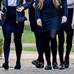 Директор школы: ученицы в коротких юбках провоцируют домогательства