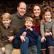 Принц Уильям и Кейт Миддлтон опубликовали Рождественскую открытку