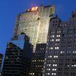 В центре Нью-Йорка загорелся небоскрёб