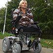 Мечта сбылась! Белоруске без рук и ног телеканал ОНТ подарил коляску – в нашей стране такие не производят
