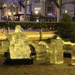 Ледяная скульптура раздавила 2-летнего ребёнка на рождественской ярмарке