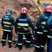 Двоих рабочих засыпало песком в строительном котловане в Минске: один из них погиб
