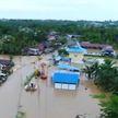 Сразу несколько провинций ушли под воду в Индонезии, погибли более 30 человек