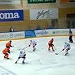 «Юность» выходит на 1-е место в турнирной таблице чемпионата Беларуси по хоккею