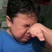 Мальчик расплакался от счастья, попробовав еду из фасфуда после карантина (ВИДЕО)