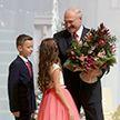 Александр Лукашенко принял участие в благотворительной акции «Наши дети»