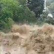 Штормовое предупреждение объявлено в Сочи из-за сильных ливней