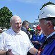 Лукашенко: Богатство не приходит, как говорят в народе, «знянацку», а если и приходит, то оно недолговечно