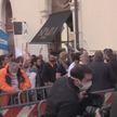 Итальянцы пытались повторить «штурм Капитолия». Протесты из-за карантина привели к столкновениям с полицией