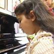 Партию первых пианино белорусского производства завезли в школы Витебщины