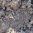 Мужчина погиб в Кировске после обрушения грунта в траншее